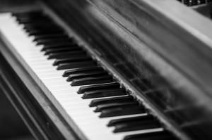 piano_bw